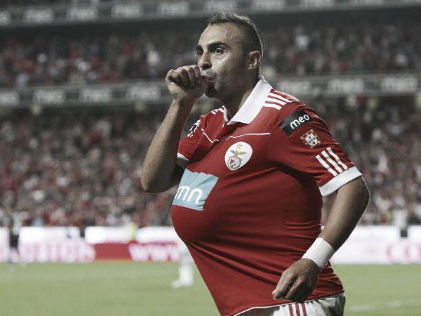 Carlos Martins aponta o dedo ao Benfica: «Cortaram-me as pernas»