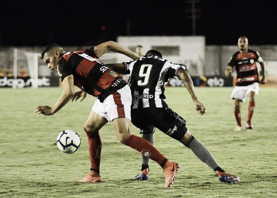 Botafogo bate Campinense e assegura vaga na próxima fase da Copa do Brasil