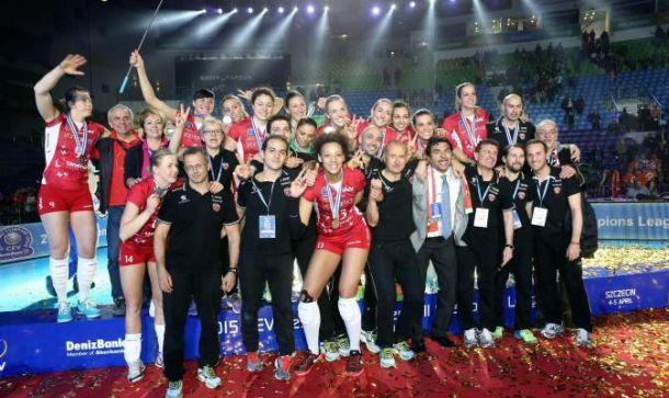 Unendo Yamamay Busto Arsizio seconda a testa alta in Champions League di volley femminile