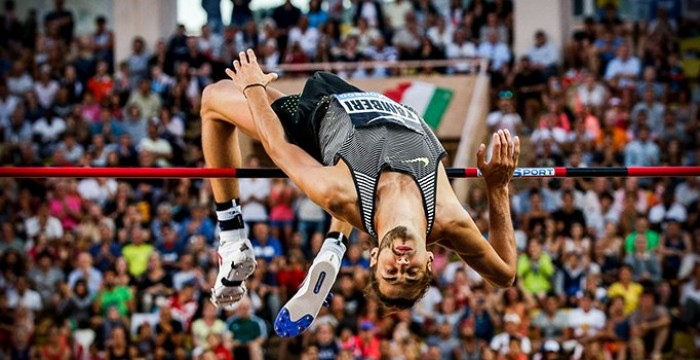 Tamberi centra il record italiano con 2,39 ma poi si infortuna