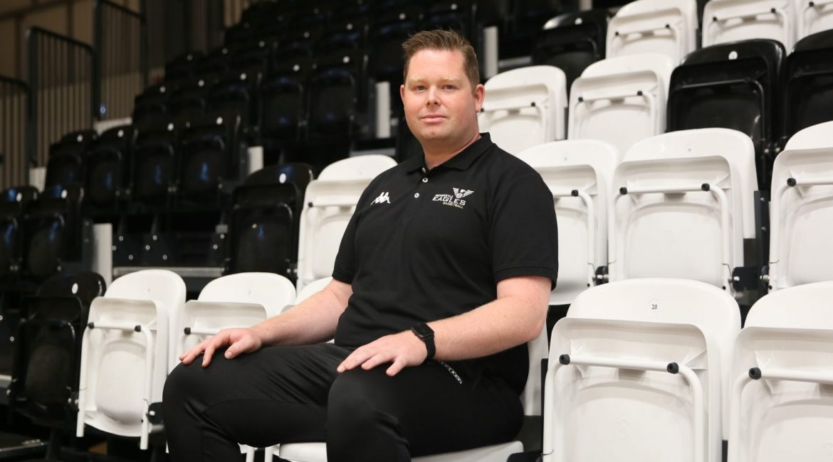 Coach MacLeod becomes permanent Head Coach at the Newcastle Eagles
