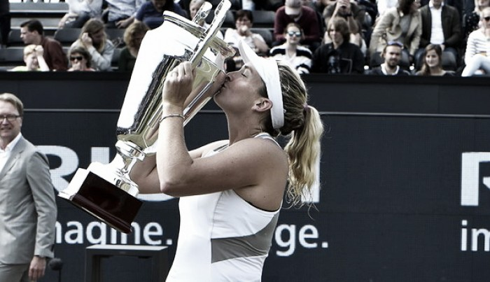WTA s-Hertogenbosch: Coco Vandeweghe edges tight contest against Kristina Mladenovic for the title
