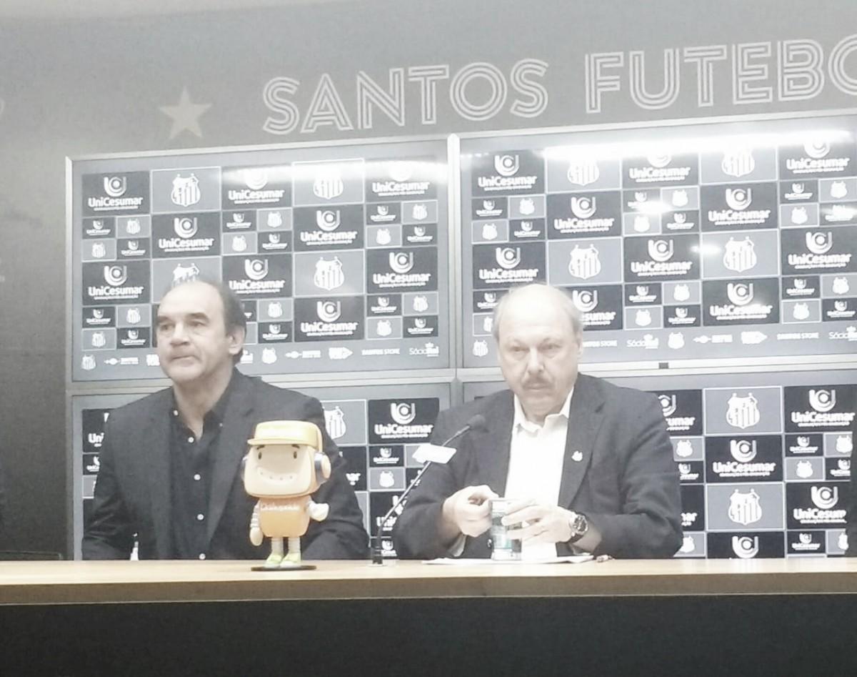 """Peres confirma acerto com Carlos Sanchéz: """"Entre clube, atleta e empresário, tudo acertado"""""""