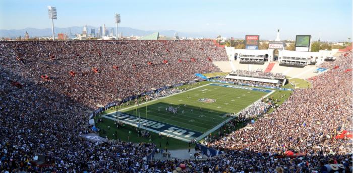 De volta a Los Angeles, Rams vence estreia na pré-temporada de virada sobre os Cowboys