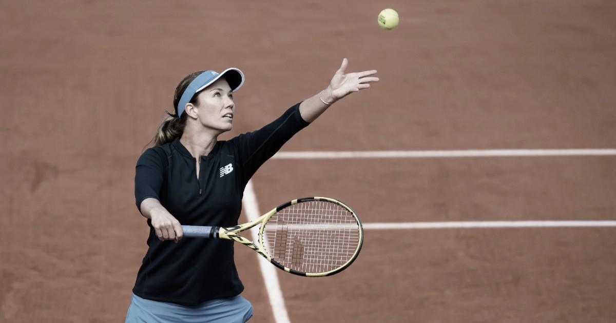 Em jogo adiado pela chuva, Collins bate Jabeur e garante última vaga às quartas em Roland Garros