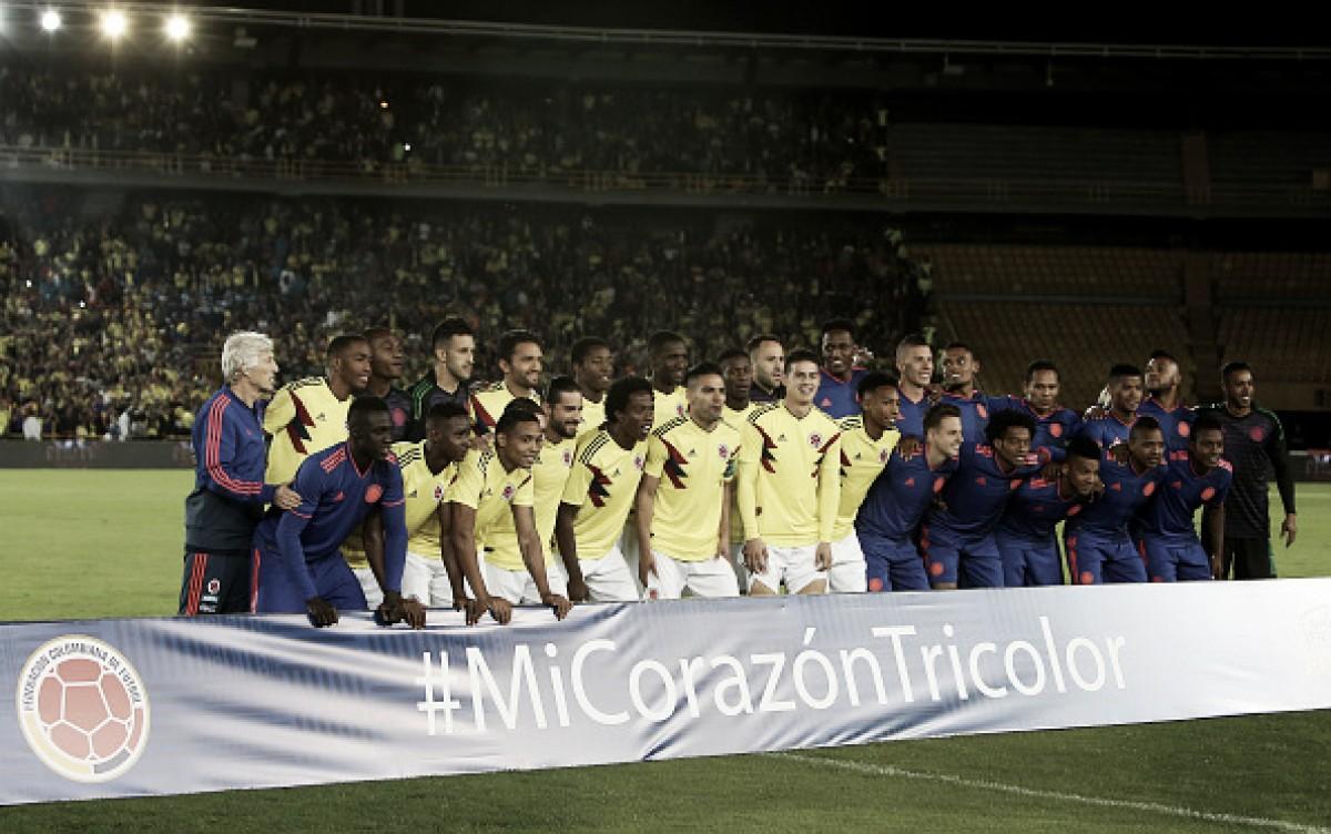 Torcida colombiana faz despedida calorosa para seleção antes da Copa