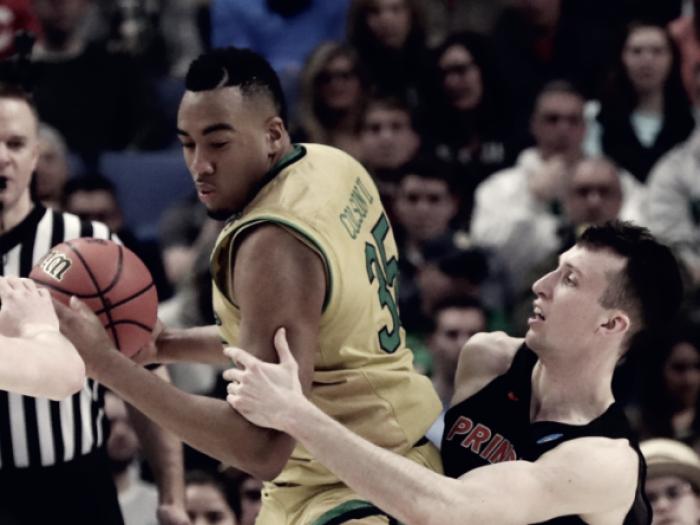 NCAA - Notre Dame rischia ma batte Princeton (60-58)