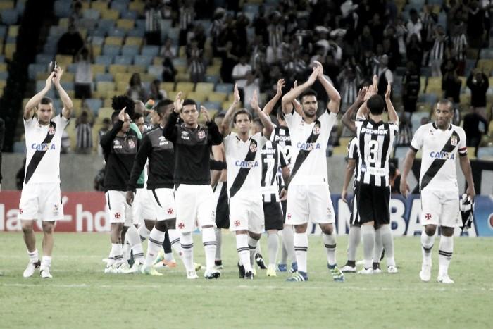 11 contra 11: Vasco leva vantagem no comparativo entre titulares contra o Botafogo