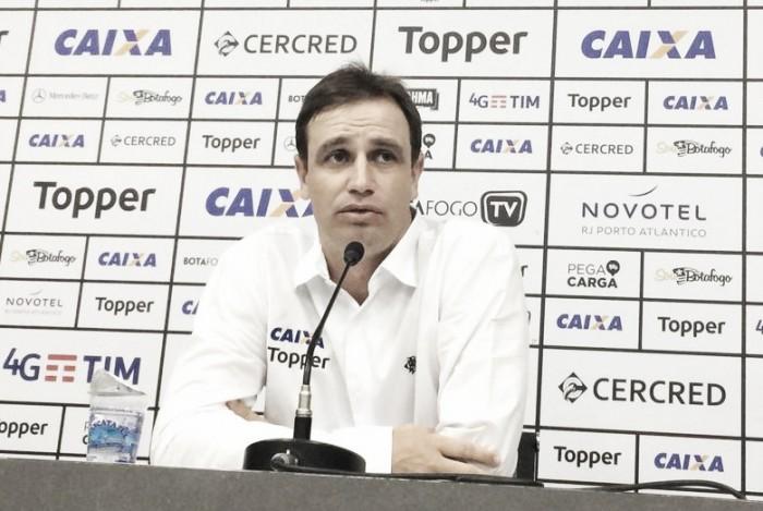 Felipe Conceição lamenta eliminação na Copa do Brasil e foca na Taça Guanabara