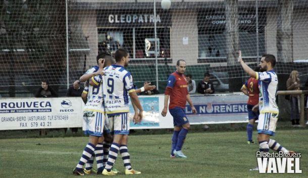 Fotos e imágenes del Condal CF 1-4 Arandina CF; primera ronda de la Copa de SM El Rey