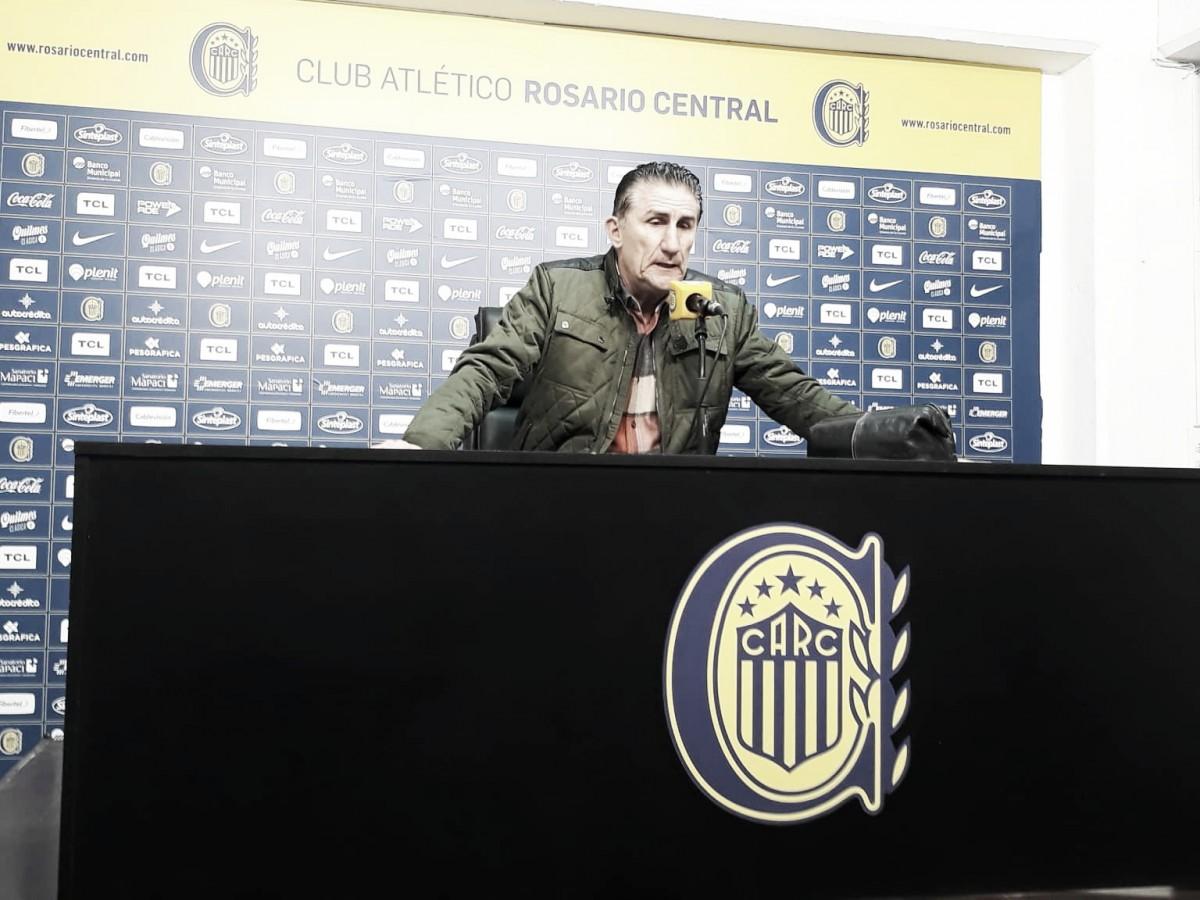 """Edgardo Bauza: """"Estoy contento y muy feliz de poder volver a esta cancha"""""""