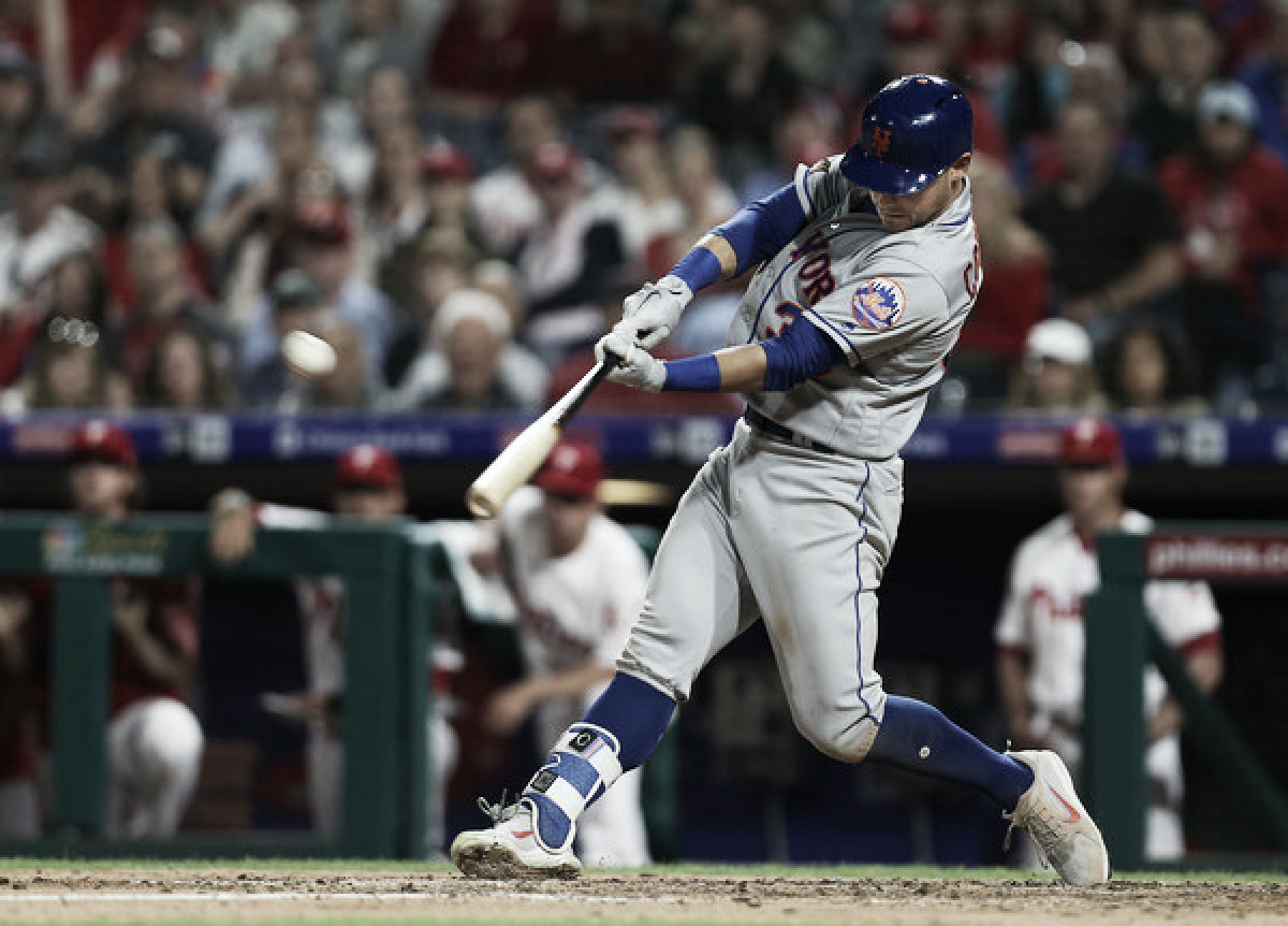 Conforto, Mesoraco power Mets past Phillies in come-from-behind victory