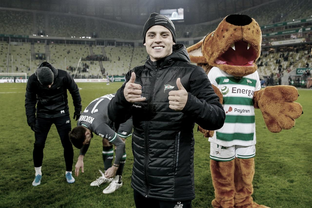 Conrado projeta titularidade e temporada vitoriosa no LechiaGdańsk