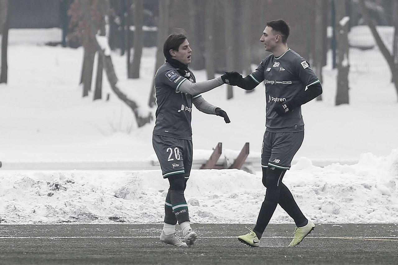 Conrado comemora nova temporada com boas atuações e espera manter boa fase no Lechia Gdańsk