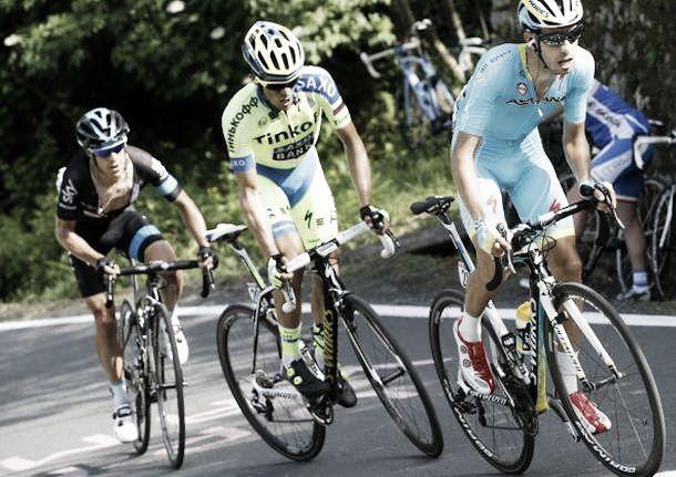 Giro d'Italia 2015, vince Intxausti a Campitello Matese, attacca Aru, Contador ancora in rosa