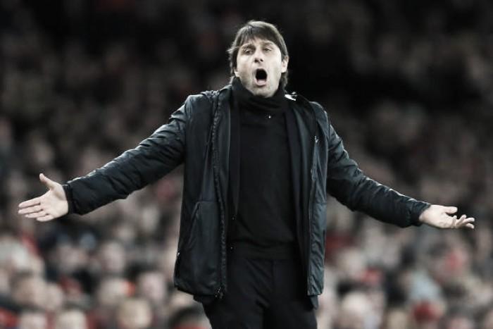 Conte expõe insatisfação após eliminação do Chelsea na Copa da Liga