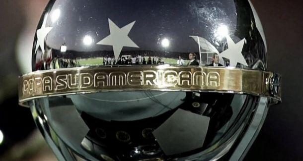 Estudiantes - Peñarol: dos históricos coperos frente a frente