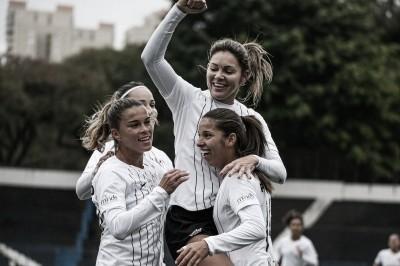 Corinthians anunciaEstrellaGaliciacomo nova patrocinadora da equipe feminina