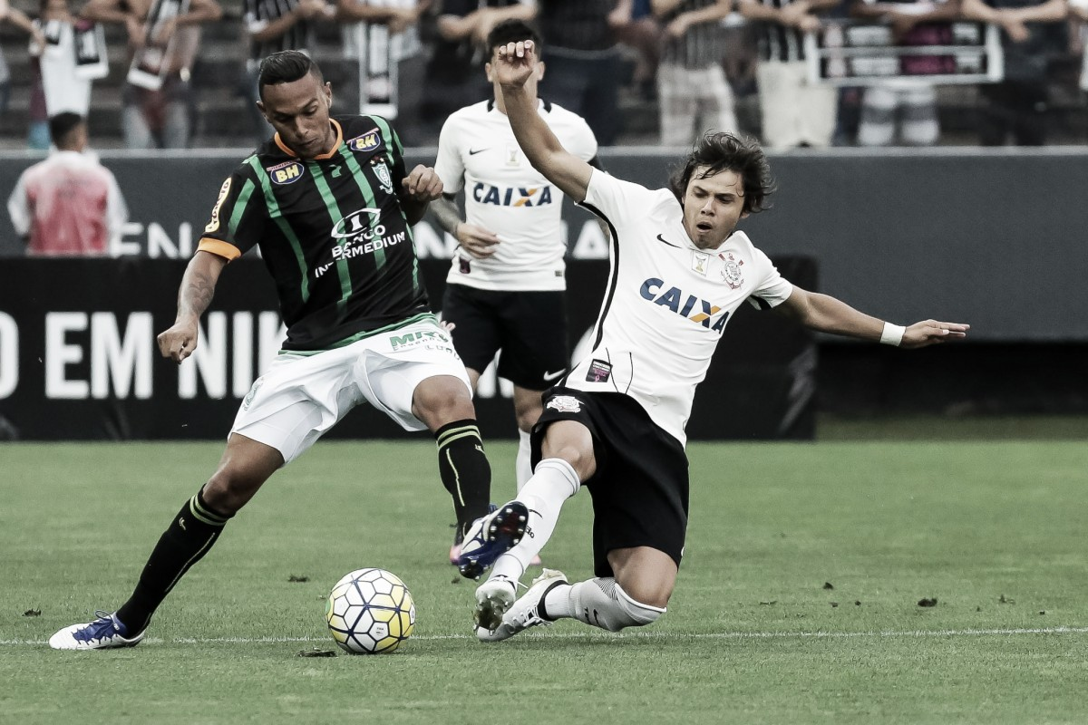 Após derrotas na última rodada, Corinthians e América-MG duelam por recuperação no Brasileiro