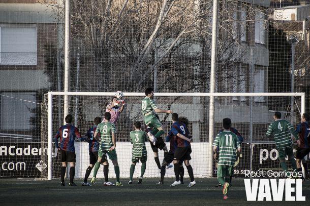 Cornellà - Olímpic de Xàtiva: tres puntos que pueden deparar en una salvación