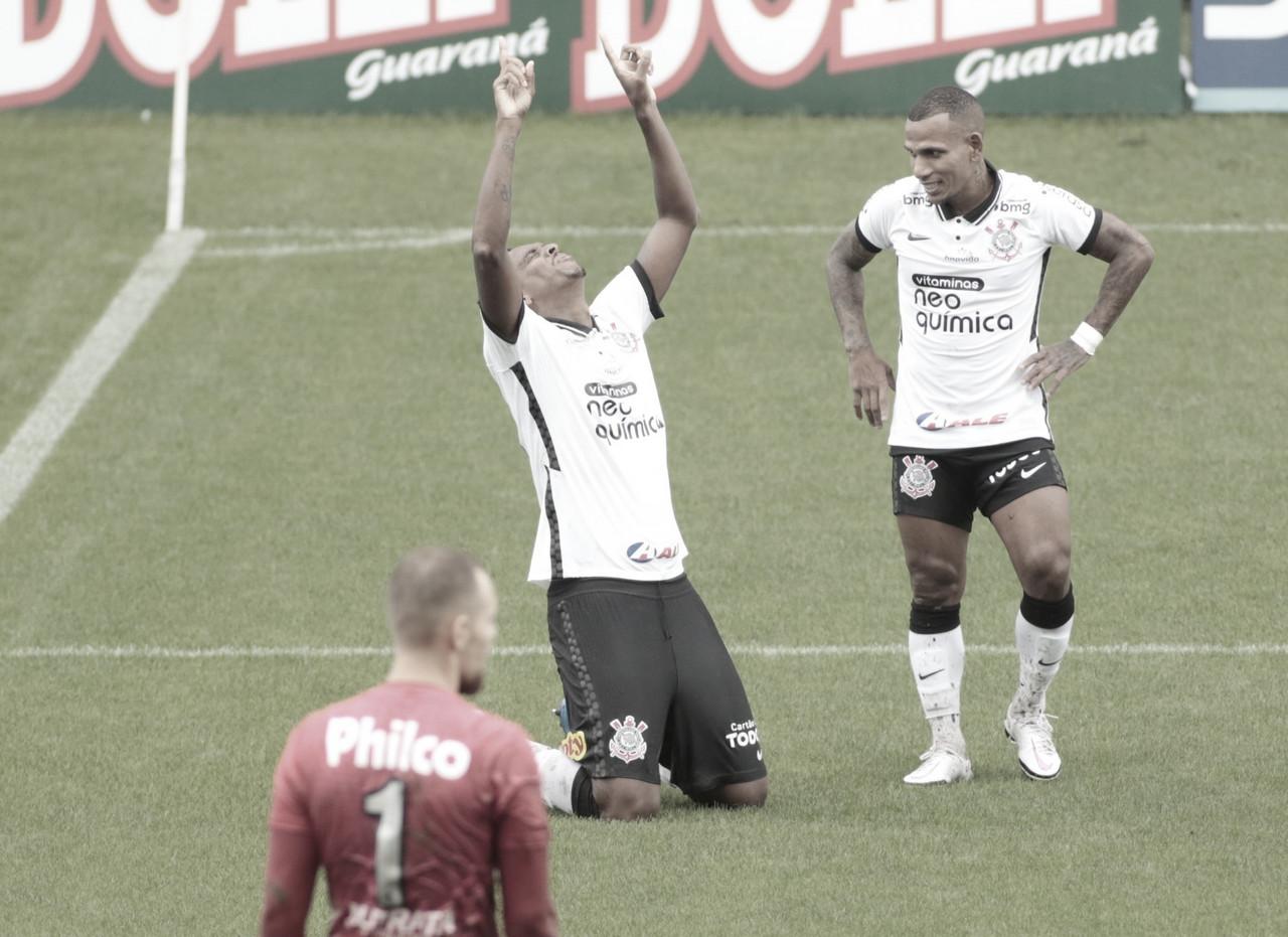 Corinthians sofre, mas bate Ponte Preta de virada e conquista primeira vitória no Paulistão