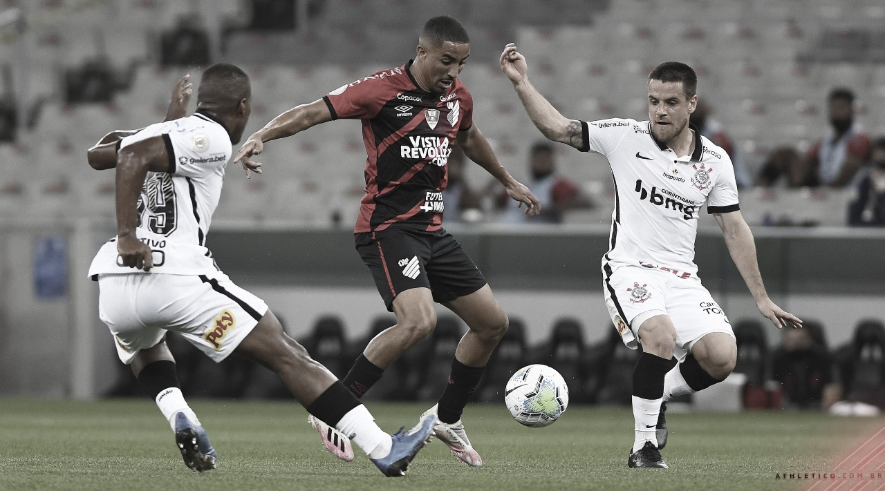 No reencontro com Jadson, Corinthians pega Athletico-PR e sonha com Libertadores