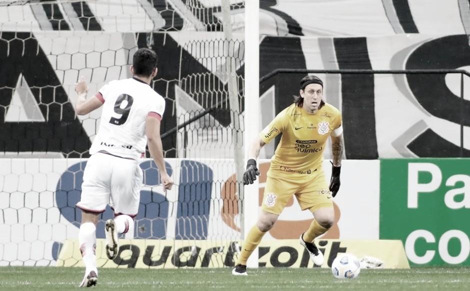 Após derrota na estreia do Brasileirão, Corinthians reencontra Atlético-GO na Copa do Brasil