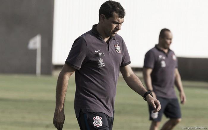 """Carille afasta crise no Corinthians: """"Está tudo sob controle e vamos fazer nosso melhor"""""""