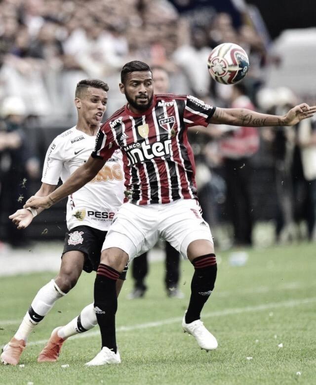 É TRI! Corinthians derrota São Paulo e conquista 30º Campeonato Paulista