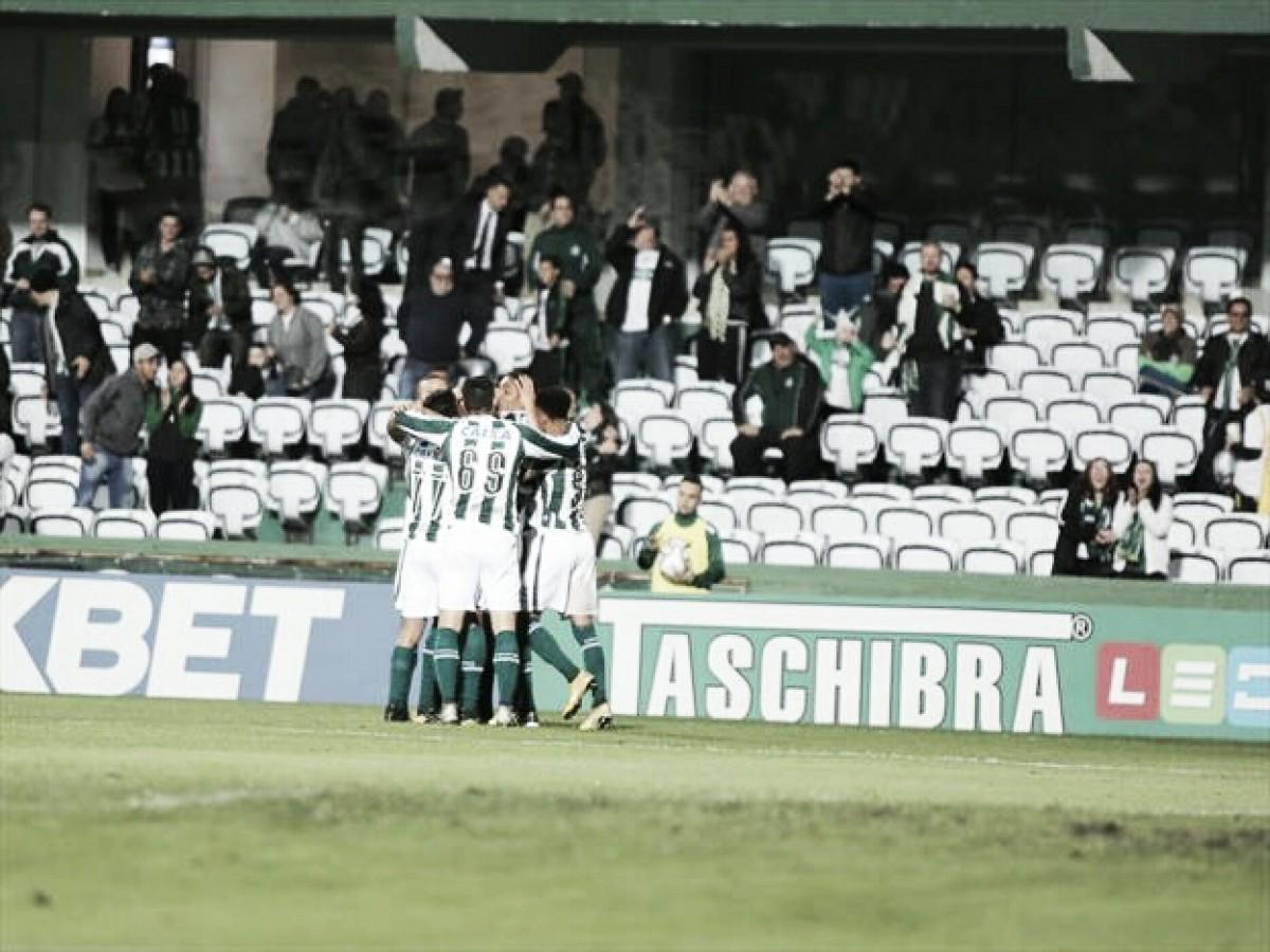 Coritiba supera dificuldades, bate lanterna Boa Esporte e vence segunda seguida na Série B
