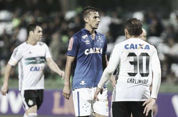 Em confronto direto na parte de baixo da tabela, Cruzeiro e Coritiba se enfrentam no Independência