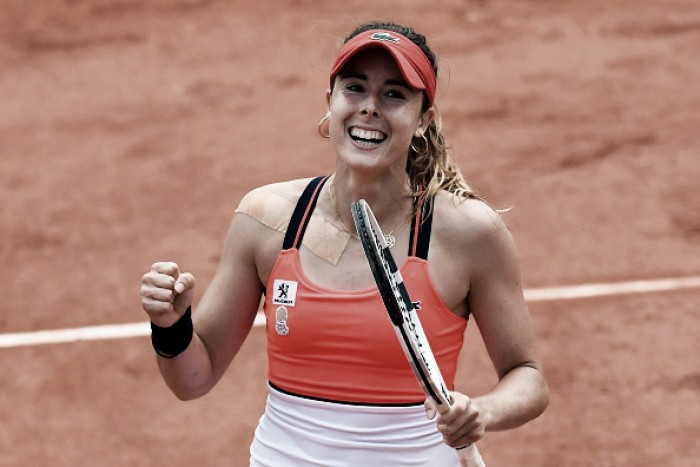 French Open: Alize Cornet outfoxes Agnieszka Radwanska to reach the second week in Paris