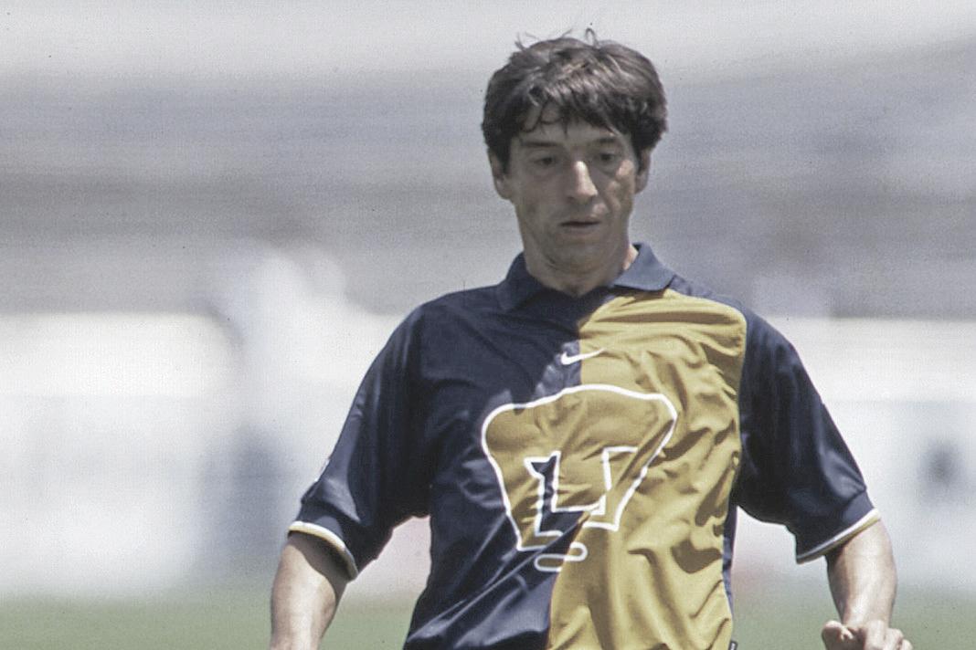 Miguel España: capitán auriazul y santista