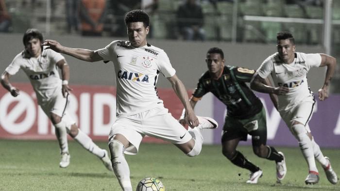 Corinthians recebe América-MG em partida de reestreia do técnico Oswaldo de Oliveira