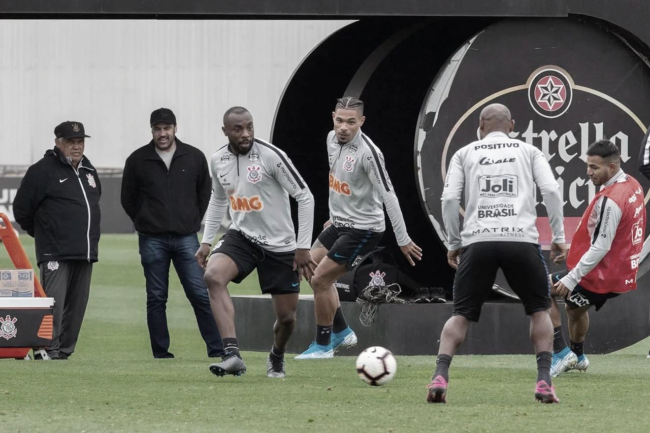 Corinthians duela contra Fluminense pelas quartas da Sul-Americana