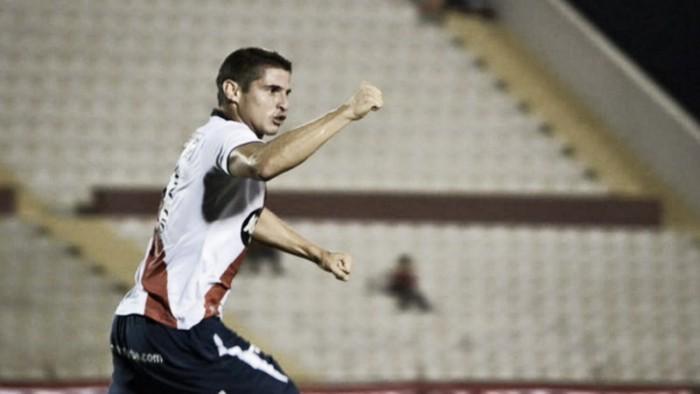"""Aldo Corzo: """"Los partidos contra equipos grandes también se juegan fuera de la cancha"""""""
