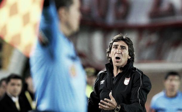 """Gustavo Costas: """"Nos sacaron los árbitros"""""""