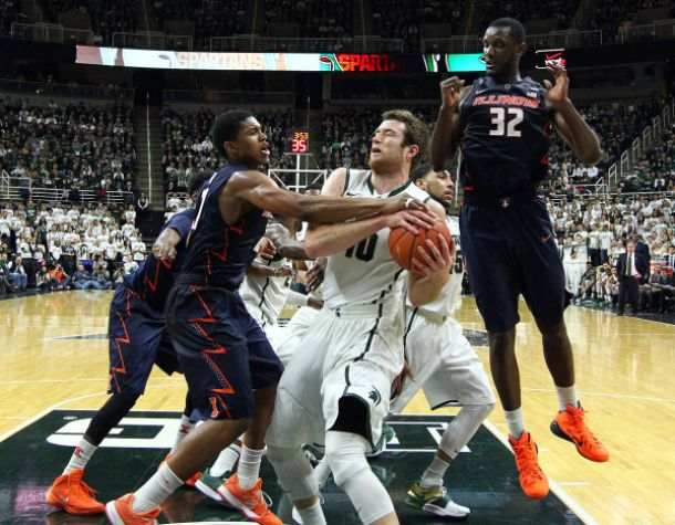 Illinois Holds On Down The Stretch To Knock Off Michigan State