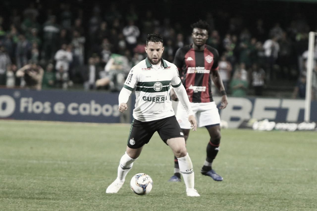 Em jogo decisivo, Coritiba visita Vitória para voltar à Série A