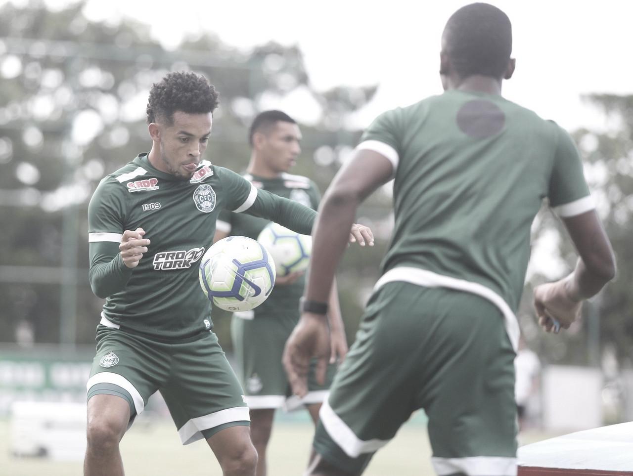 Manaus aposta na sequência positiva em casa para encarar invicto Coritiba pela Copa do Brasil