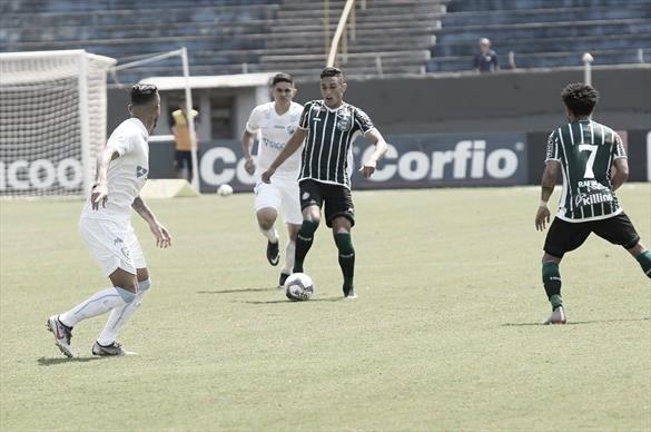Mesmo com um a menos, Londrina vence Coritiba de virada pela Série B