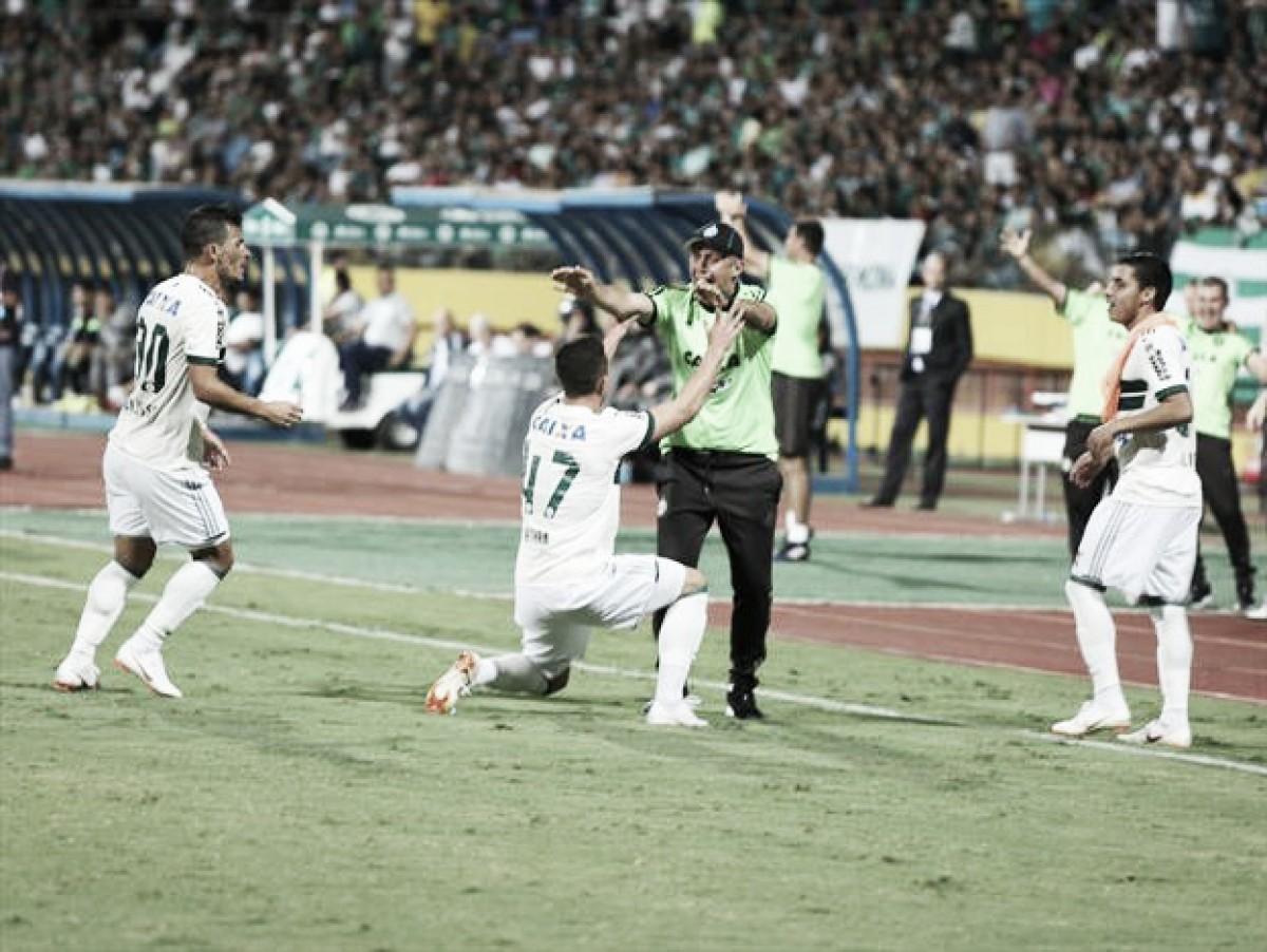 Após primeira vitória fora de casa, jogadores do Coritiba projetam sequência na Série B