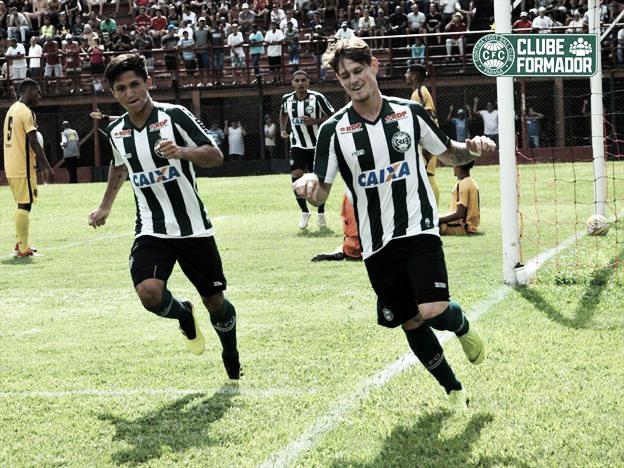 Pelo Grupo 26 da Copinha, Coritiba cede empate no final, enquanto Flamengo-SP vence a avança