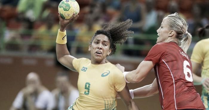 Na estreia no handebol feminino, Brasil domina e bate a bicampeã olímpica Noruega