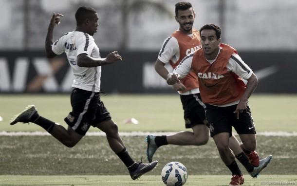 Tite segue com mistério, mas Corinthians deverá ter time misto contra Sport