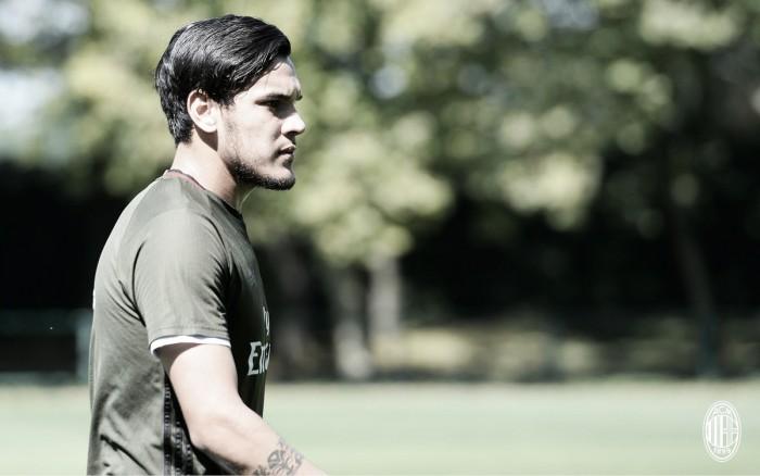 Contra o Napoli, Gustavo Gómez deve estrear nova dupla de zaga do Milan com Romagnoli