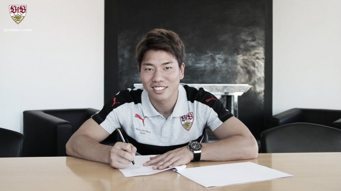 Arsenal forward Takuma Asano joins VfB Stuttgart on loan