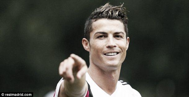 Cristiano Ronaldo apontado aos dois rivais de Manchester