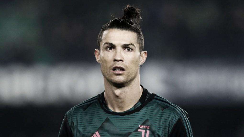 Cristiano Ronaldo avisa Juventus que não volta à Itália e seguirá em quarentena