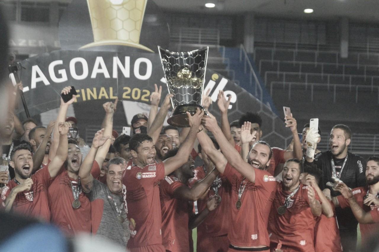 CRB derrota CSA, é campeão alagoano e ganha vaga na Copa do Nordeste